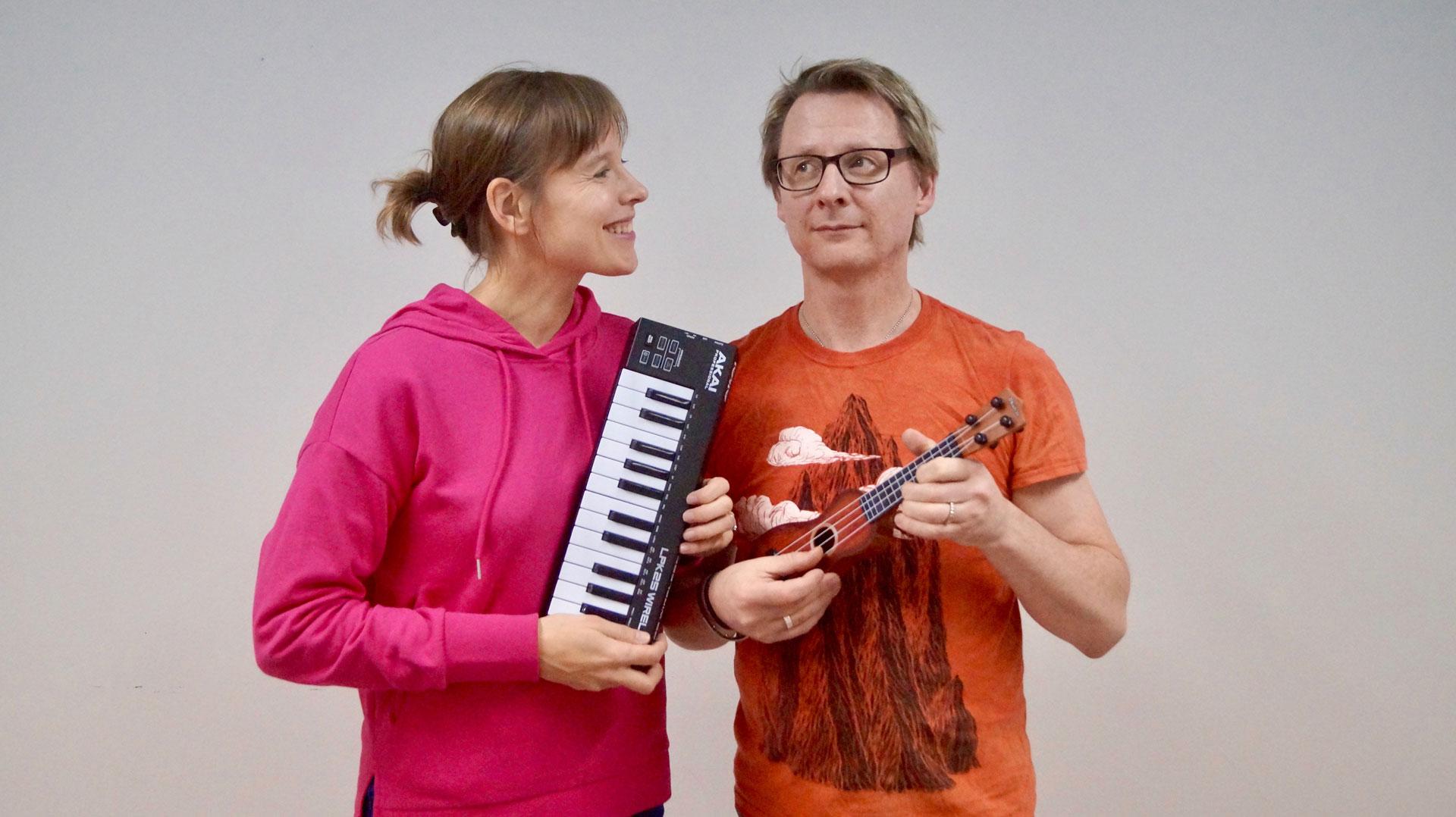 Paula & Ape Anttila –Funky Monkey Club