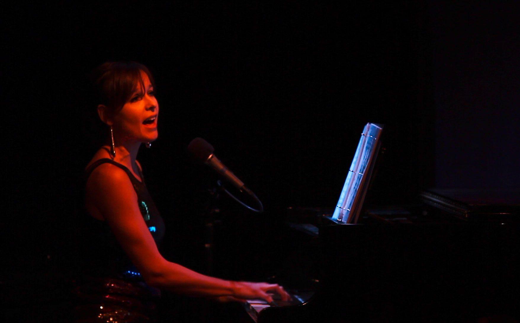 Paula Anttila performing with Skandiva at Duplex NYC